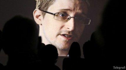 Не понравилось в России: Сноуден просит у Макрона убежище