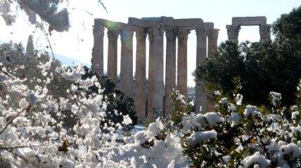 В Греции выпал снег, из-за чего в центральном регионе закрыли школы