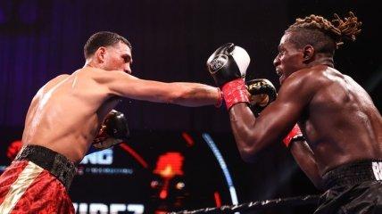 Непобедимый боксер избил соперника, который и не думал сдаваться (видео)
