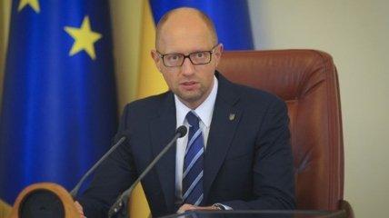 Яценюк призывает местные власти безотлагательно обеспечить уборку снега