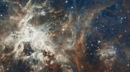 NASA показало последствия столкновения галактик