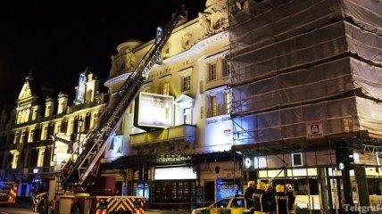 В Лондоне во время спектакля обрушился театр: десятки пострадавших
