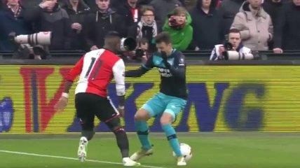 Футболист обыграл соперника божественным финтом в стиле Роналдиньо (Видео)