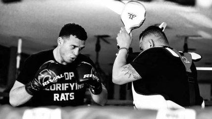 Бенавидес и Диррелл проведут чемпионский бой в сентябре