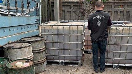 В Харьковской области военные тоннами воровали топливо