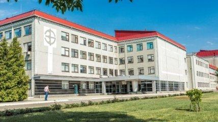 Семья Беспалько предлагает продать БХФЗ сразу нескольким компаниям