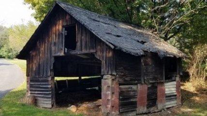 Сімейна пара перетворила занедбану ферму в розкішний будинок (Фото)