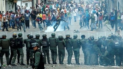 Количество жертв в результате протестов в Венесуэле возросло до 48 человек
