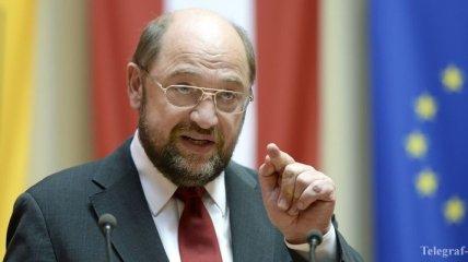 Шульц призвал придерживаться общей позиции в отношении РФ