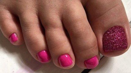 Педикюр 2020: трендовые идеи розового дизайна ногтей (Фото)