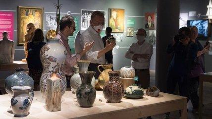Во Львове открылась выставка, посвященная керамико-скульптурной фабрике: яркие фото