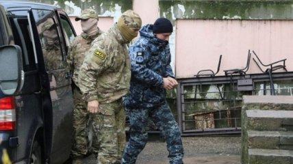 В Крыму суд оккупантов оставил под стражей еще 3 украинских моряков