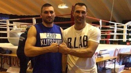 Украинский боксер Выхрист дебютирует в профи в феврале