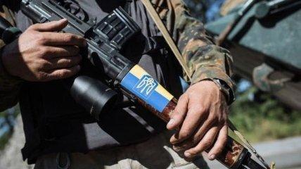 Боевики накрыли защитников Лебединского минометным огнем