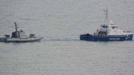СМИ: Россия выводит из Керчи захваченные украинские катера