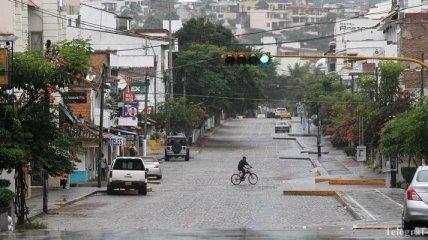 """Мощнейший ураган """"Патрисия"""" вызвал многочисленные оползни"""