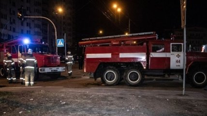 В Киеве на парковке прогремел взрыв (Фото)
