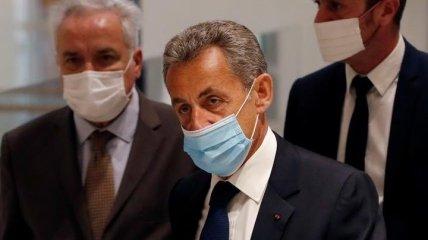 Впервые в истории: экс-президента Франции приговорили к тюремному заключению