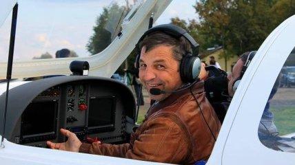 Владел аэродромом и снимался на ТВ: стало известно, кто погиб в авиакатастрофе на Прикарпатье (фото)
