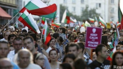 В Софии уже неделю длятся многотысячные антиправительственные акции