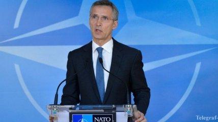 Генсек НАТО призвал РФ не поддерживать НВФ на Донбассе