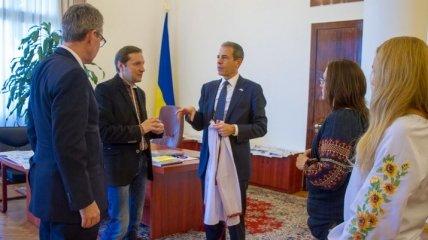 Стець обсудил информационную безопасность с замгоссекретаря США