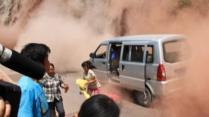 Землетрясение магнитудой 5,2 зафиксировали в Индонезии