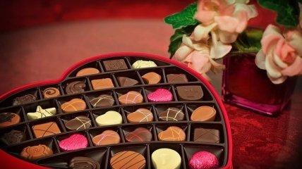 С днем святого Валентина: лучшие поздравления подруге в стихах и открытках