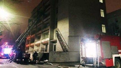 Смертельный пожар в инфекционке в Запорожье: главврач назвал одну из возможных причин