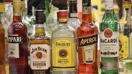Обсяг виробництва лікерів та слабоалкогольних напоїв в Україні зріс