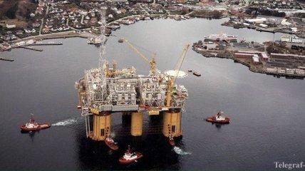 Цена на нефть пробила психологический барьер в $49