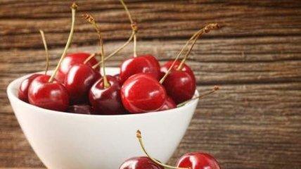 Вкусная ягода, которая полезна для здоровья кишечника