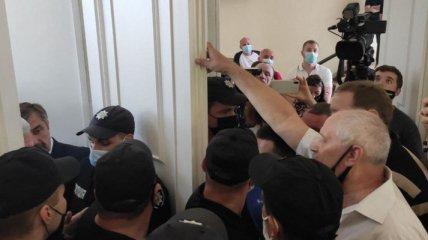 В горсовете Харькова произошла драка: причины потасовки (фото, видео)