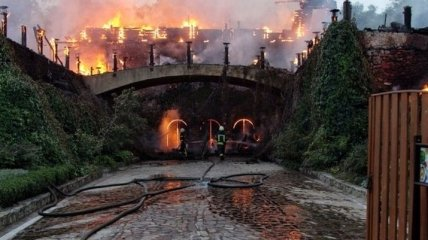Масштабный пожар в Одессе: сгорел ресторан на Ланжероне
