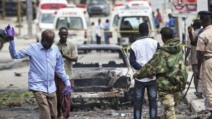 В Сомали из-за взрыва бомбы в ресторане погибли 4 человека