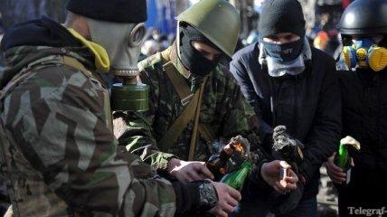 """""""Правый сектор"""" прекратит свою деятельность только после отставки Януковича"""