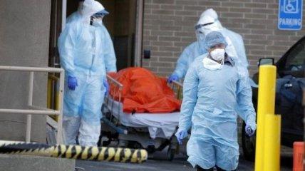 Інфікованих коронавірусом у світі 1,8 мільйонів осіб