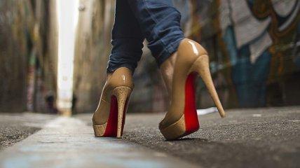 Высокие каблуки очень опасны для женского здоровья