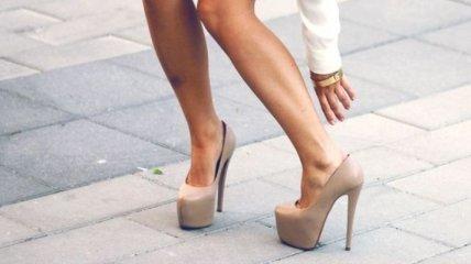 Носить каблуки в молодости опасно