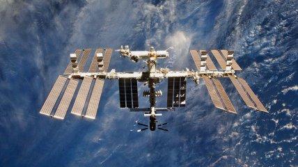 В одном из отсеков МКС после аварии продолжается утечка воздуха, несмотря на ремонт: подробности