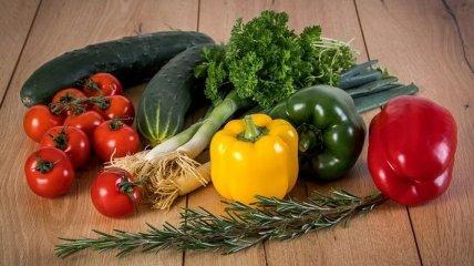 ЕС запретил ввоз на территорию овощей и фруктов с Украины