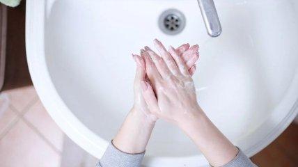 Врач отмечает, что далеко не все моют руки правильным образом