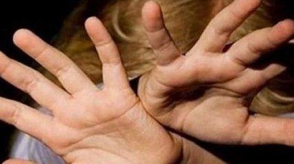 В Днепропетровской области мужчина изнасиловал девочку