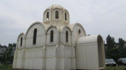 В Херсоне ПЦУ построила новый храм из пенопласта: на его строительство ушло несколько часов (фото, видео)