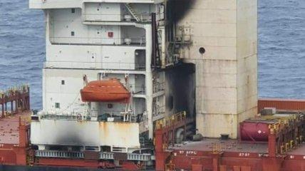 Названа возможная причина пожара на MSC MESSINA