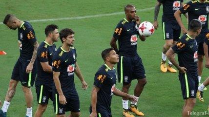 Более 36 тысяч болельщиков посетили тренировку сборной Бразилии (Видео)