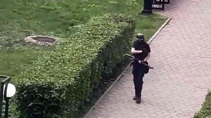 Тимур Бекмансуров во время атаки на вуз