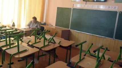 В Украине могут перевести на дистанционку школьников и студентов: кого это коснется