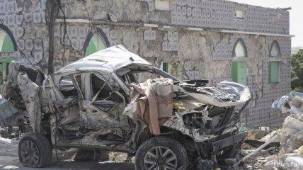 В результате взрывов в Могадишо погибли 11 человек