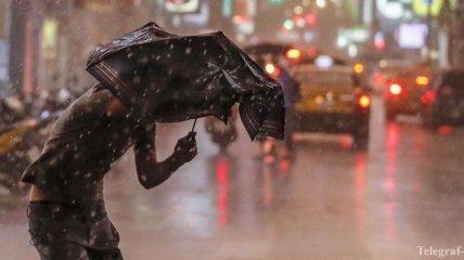 В Китае в результате проливного дождя погибли люди